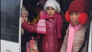 Sivas'ta 17 kişilik servise 42 öğrenci bindirdiler