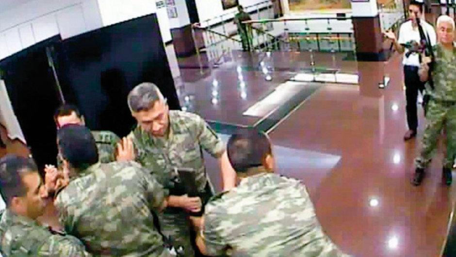 FETÖ darbe girişiminin 17 saati   2'nci Ordu  iddianame