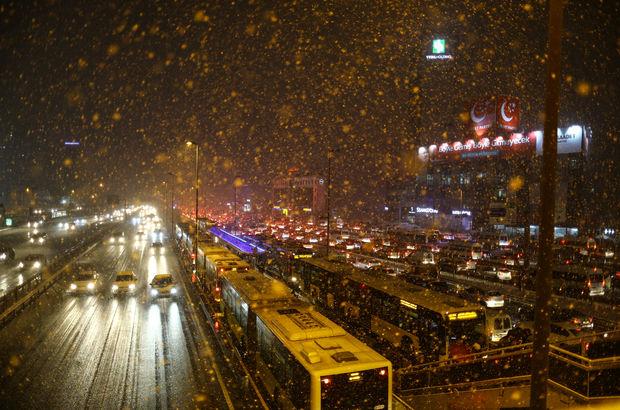 İstanbul'da ulaşıma kar yağışı önlemleri