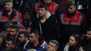 Şehit adliye çalışanının cezaevindeki oğlu tahliye edildi