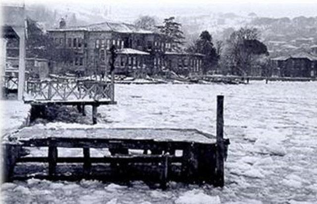 Burası İstanbul Boğazı