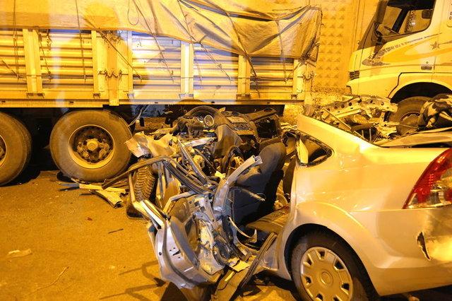 Bayburt'ta feci kaza: 3 ölü, 5 yaralı