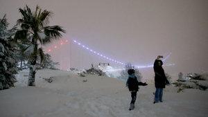 İstanbul'daki yoğun kar yağışı devam ediyor