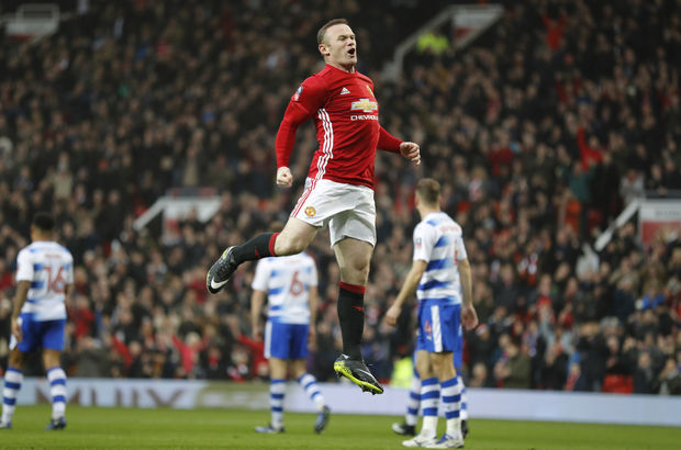 Manchester United: 4 - Reading: 0