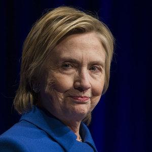 Başkanlığı kaybeden Clinton gözünü başka koltuğa dikti!