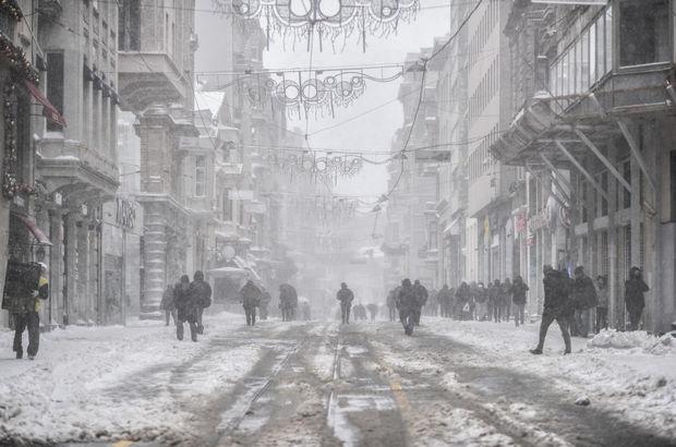İstanbul kar yağışı etkinlikler iptal Devlet Tiyatrosu