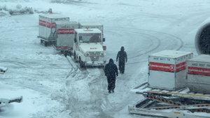 KKTC'nin 16 uçuşu kar sebebiyle iptal