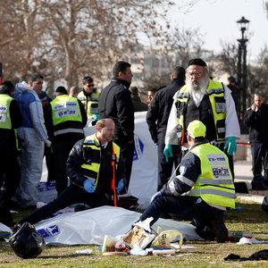 Kudüs'te kamyon askerlerin üzerine sürdü: 4 ölü