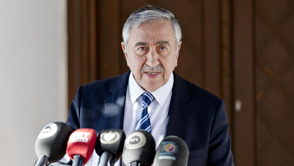 KKTC Mustafa Akıncı Türkiye