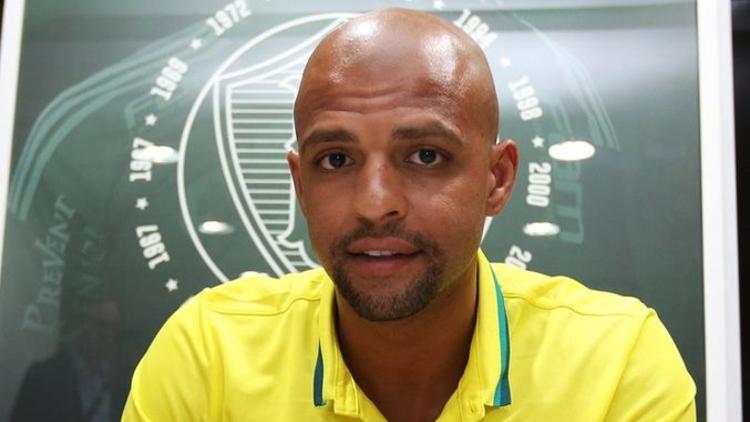 Inter'de forma giyen eski Galatasaraylı Felipe Melo, Palmeiras'a transfer oldu.