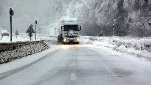 Bursa ve Balıkesir'i Çanakkale'ye bağlayan karayolu kapandı