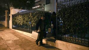 Rus konsolos evinde ölü bulundu