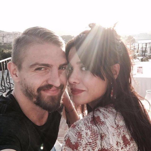 Caner Erkin ile Şükran Ovalı'dan romantik paylaşımlar
