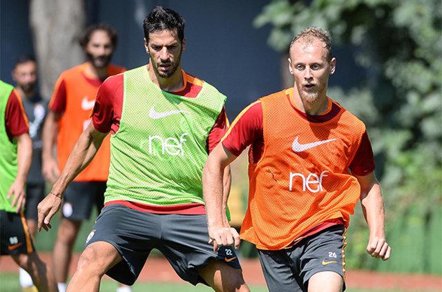 Galatasaray'dan iki bomba birden!