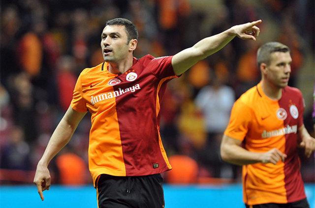Galatasaray'dan iki bomba birden: