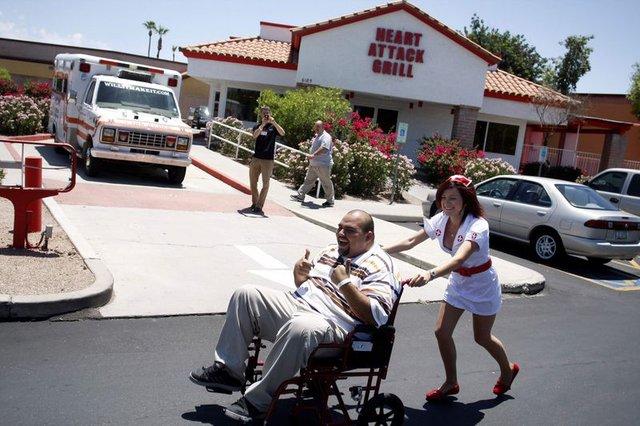 Amerika'daki ilginç restorant Heart Attack Grill