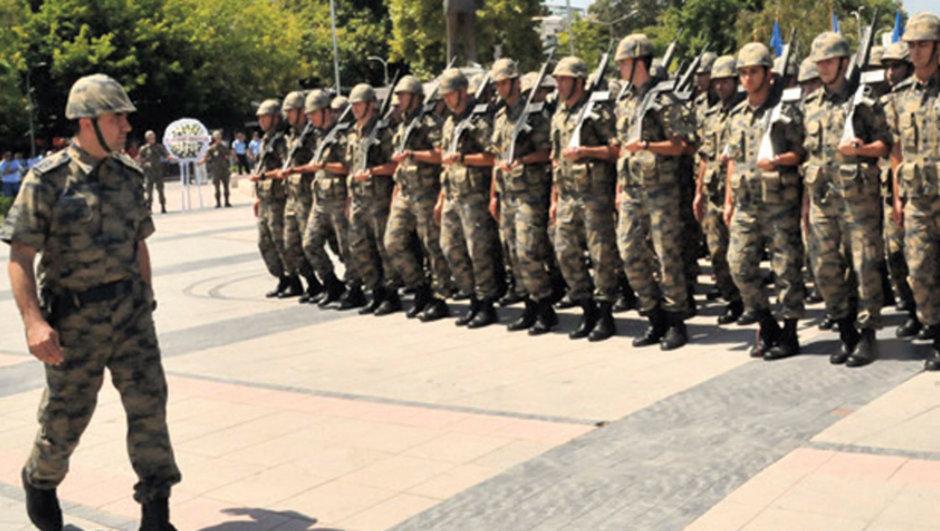 Hava Kuvvetleri komutanlığı darbe girişimi Hava Harp Okulu öğrencileri