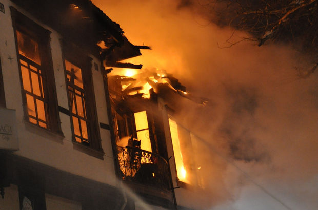 tarihi bina Bursa yangın