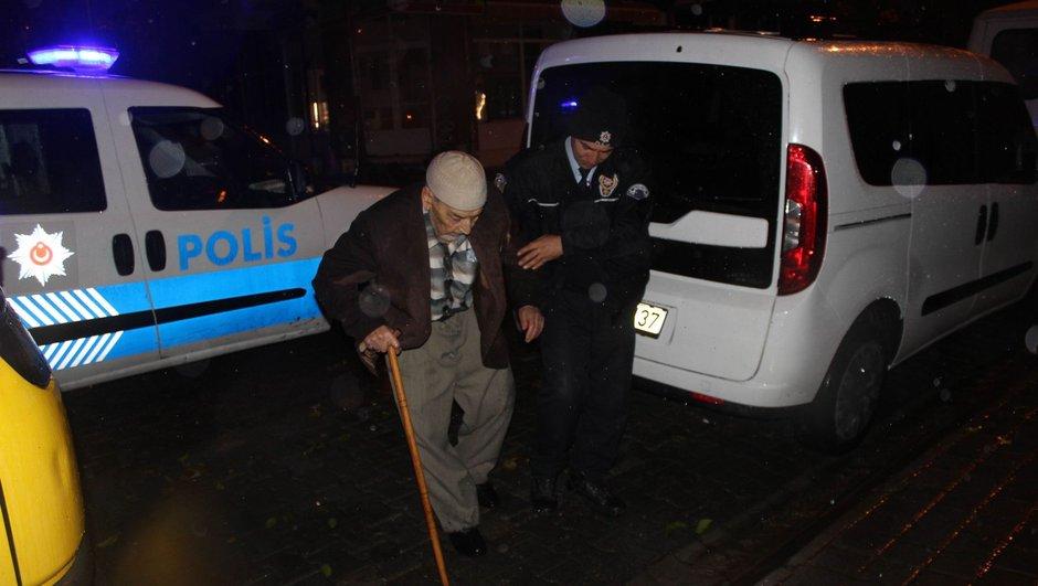 Polis Aydın cami
