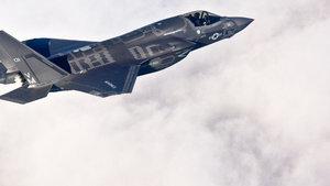 Suriye semalarında ABD ve Rus uçağı karşı karşıya!