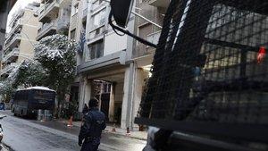 Atina'da polise silahlı saldırı