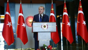 Erdoğan'dan kaymakamlara: Muhtarları asla ihmal etmeyiniz, sizin için uçbeyi gibidir