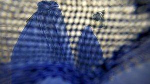 Fas'ta burka üretimi ve satışına yasak