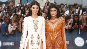 Kylie Jenner ile Kendall Jenner partiye alınmadı