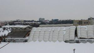 İTÜ Stadyumu'nun çatısı çöktü