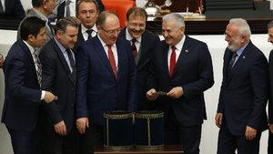 Anayasa değişikliği teklifinde 2. madde kabul edildi