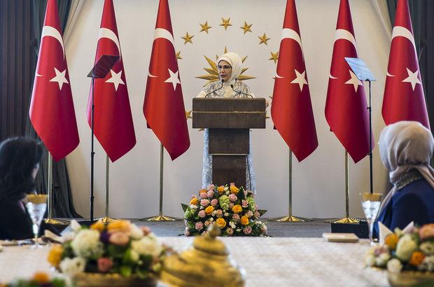 Emine Erdoğan'dan büyükelçi eşlerine yemek