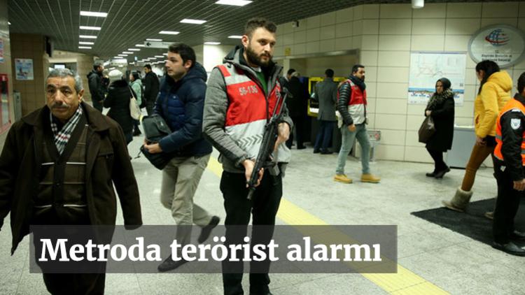 Reina saldırısını düzenleyen terörist Abdulgadir Masharipov'un Bağcılar Metro istasyonunda görüldüğü ihbarı üzerine polis metroyu kapattı.