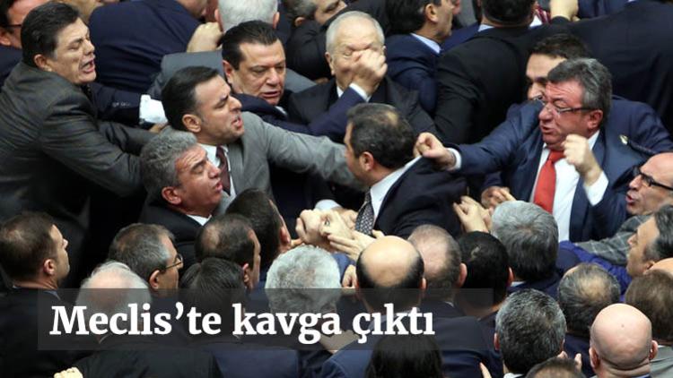 Teklifin 3. maddesi üzerinde görüşmeler başladı ancak AK Parti ve CHP'li vekiller arasında yaşanan tartışma nedeniyle maddenin oylaması durdu.