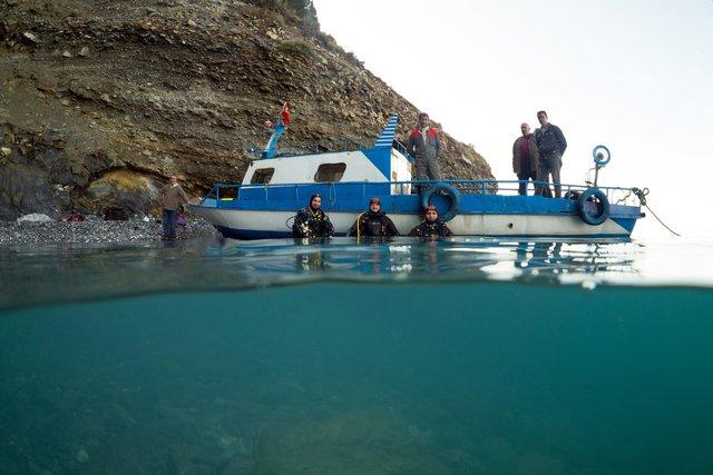 Van Gölü'nde batık gemi bulundu