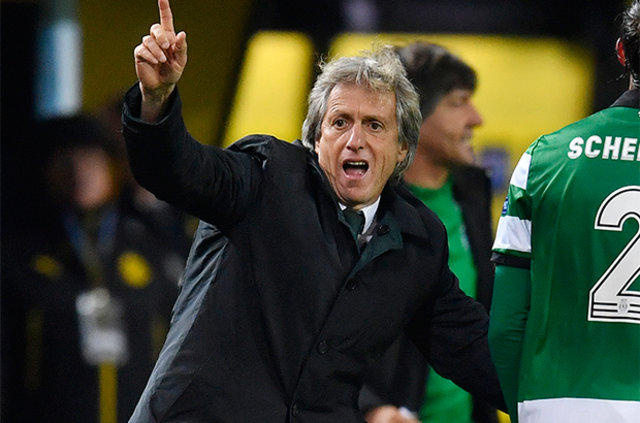 Beşiktaş'ın gelecek sezonu düşünerek teknik direktörlük görevi için Jorge Jesus ile görüştüğü öne sürüldü