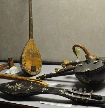Türk müziği enstrümanlarına Macarlardan büyük ilgi