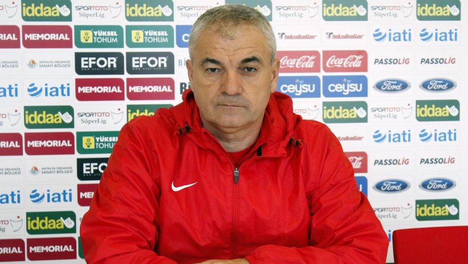 Rıza Çalımbay Beşiktaş Antalyaspor Eto'o