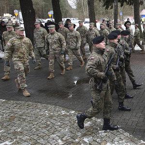 ABD ordusu Rusya'nın eşiğine dayandı!