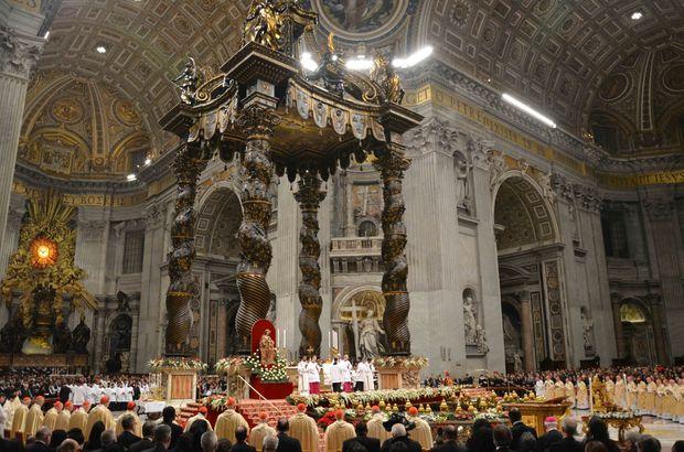 Papazlar evlilik yasağına isyan etti