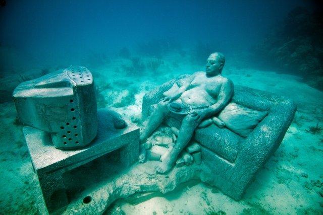 Avrupa'nın ilk su altı müzesi açılıyor