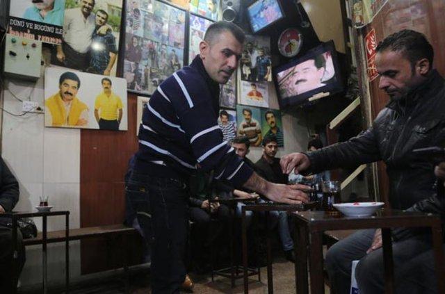 Irak'ta İbrahim Tatlıses hayranlarını buluşturan çay ocağı