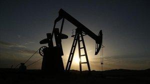 Brent petrol 56 doların üzerinde seyrediyor
