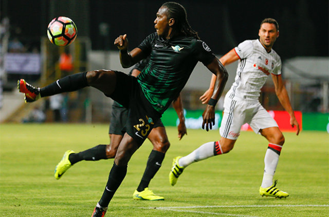 Trabzonspor'dan çifte transfer atağı: Felipe Caicedo ve Omar Abdulrahman