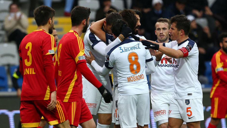 Başakşehir: 5 - Kayserispor: 0 maç özeti