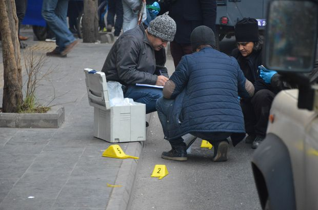 Diyarbakır'da caddeye EYP atıldı: 2 yaralı