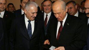 Başbakan'dan Devlet Bahçeli'ye kimlik jesti