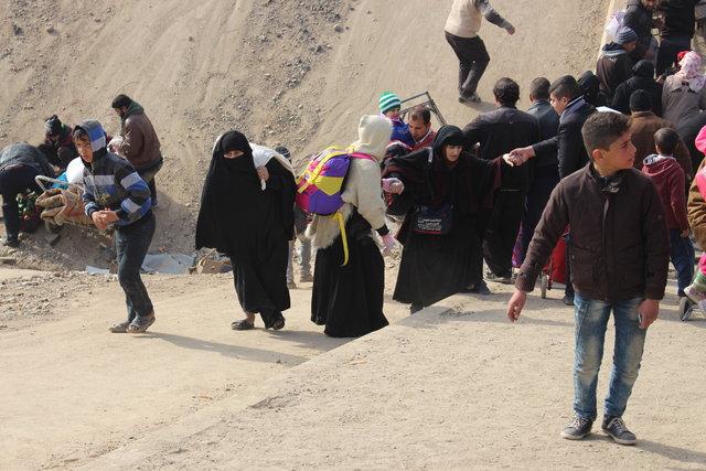 Musul'dan kaçışlar sürüyor