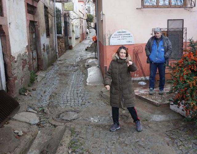 Hülya Avşar'ın teyzesinin evi sular altında