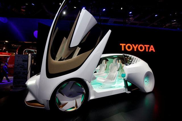 Uluslararası Otomobil Fuarı'na Toyota damgasını vurdu