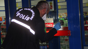 Adana'da 3 kişi market soyup kayıplara karıştı